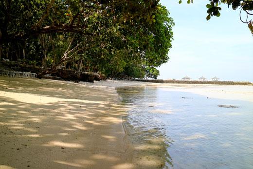 Costa Marina's shoreline