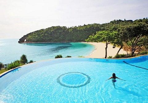 Photo from the Fairways & Bluewater Newcoast Boracay Hotel website
