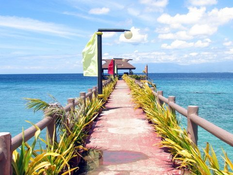 Golden Bay Beach Resort Jetty 2