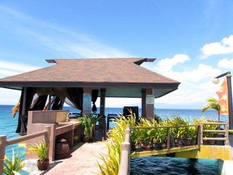 Golden Bay Beach Resort Karaoke 1