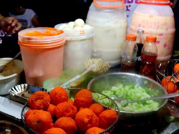 Kwek Kwek at the Roxas Night Market