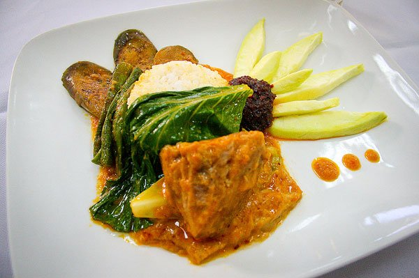 Christmas in the Philippine food: kare-kare