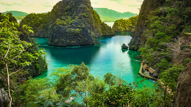 Kayangan Lake, Palawan © Bro. Jeffrey Pioquinto, SJ on Flickr (CC, BY)