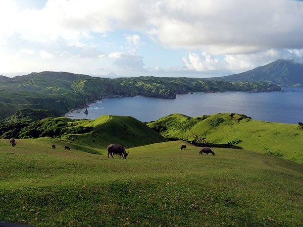 Philippine Destinations to Visit in 2016: Batanes Marlboro Country