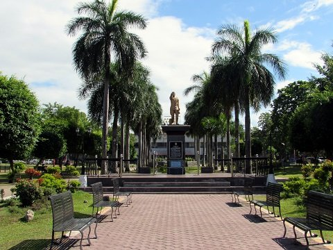 Plaza Heneral Santos is a patch of green at the heart of the city, right across the City Hall.