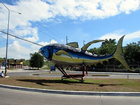 Tuna in GenSan is a fresh as it gets! Pictured is the giant tuna at the fish port's entrance.