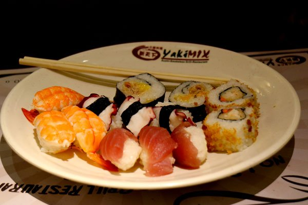 Yakimix Buffet sashimi