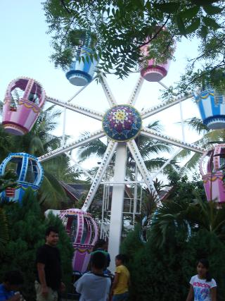 Small ferris wheel on Boracay beach