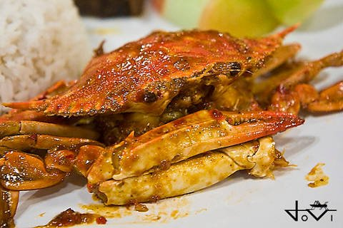 Seafood dish at a grill in Puerto Princesa, Philippines.