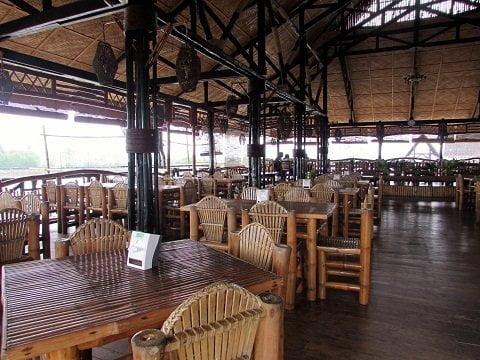Punong Restaurant Interior