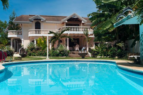 Large vacation home for rent in the Philippines